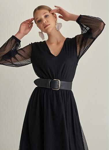 NGSTYLE V Yaka Puantiyeli Tül Elbise Siyah